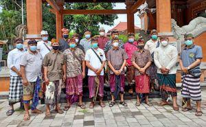 Bandesa Adat Mas Terpilih Tak Kunjung Di-SK-kan, Prajuru Geruduk MDA