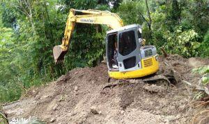 25 KK di Asah Badung Buleleng Terisolir, BPBD Kerahkan Alat Berat