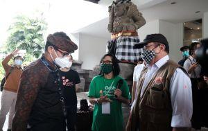 Menparekraf Sandiaga Uno Cek Grab Vaccine Center di Nusa Dua