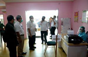 Setelah Wartawan, Giliran Para Dosen di Bali Divaksinasi