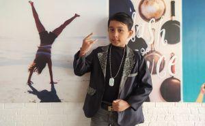 Gus Wira, Penyanyi Cilik Bali yang Juga Jago Memasak
