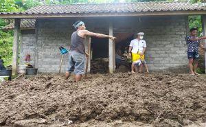 Kabupaten Jembrana Dikepung Banjir dan Longsor