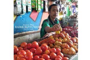 Harga Tomat di Petani Rp 2.000, di Pasar Rp 5.000