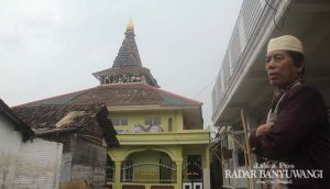 Atap Musala Baitul Atiq Rontok Disambar Geledek