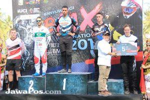 Pembalap Asal Inggris Taklukkan Sirkuit BMX Muncar