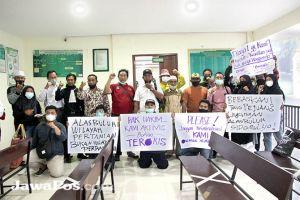 Aktivis Lingkungan Minta Abdullah Cs Diputus Bebas