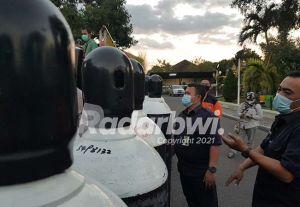 Gubernur Jatim Krimkan Puluhan Oksigen Tabung ke Situbondo