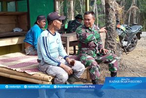 Sertu Budi Suwantoro Terus Jalin Komunikasi dengan Warga Desa Cilibang