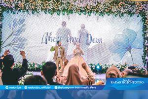 Pernikahan Berhadiah Logam Mulia