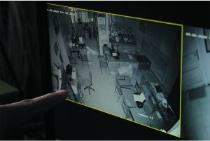 Nyolong Laptop dan HP Milik SMPN 1 Jogoroto, Residivis Dibekuk Polisi