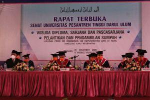 Universitas Pesantren Tinggi Darul Ulum Jombang Sukses Gelar Wisuda