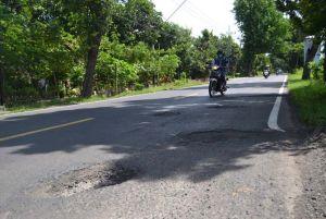 Berlubang dan Bergelombang, Jalan Nasional Dikeluhkan