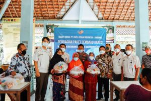 PT Cheil Jedang Indonesia (CJI) Ploso Bagikan 4.100 Paket Sembako