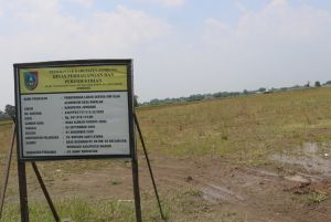 Pembangunan Sentra IKM Slag Aluminium, Dokumen IMB Cacat Hukum