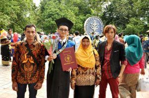 Turhadi, Doktor Muda IPB yang Anak Seorang Tukang Becak