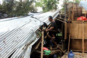 Mengunjungi Warung Hendrik Pascabencana Hujan Angin