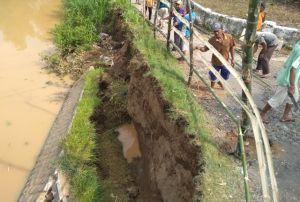 Hujan Deras, Plengsengan Sungai Bodor Ambrol Lagi