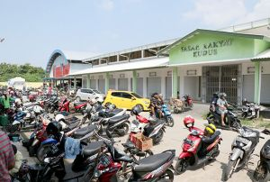 Penempatan Kios Pasar Rakyat Dibatasi hingga Agustus