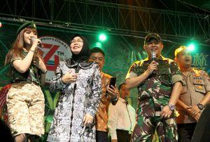 Bupati dan Dandim Duet Bareng Jihan Audy Meriahkan Panggung Prajurit