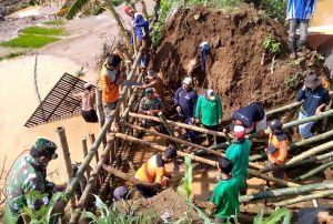 16 Titik Tanggul di Pati Jebol Tergerus Banjir