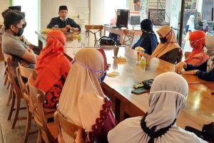Guru Tidak Tetap di Tiga Kecamatan Satu Suara Dukung Harno-Bayu