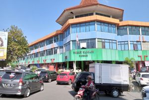 Omzet Pedagang Pasar Kliwon Kudus Anjlok, Penagihan Sewa Distop