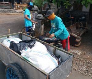 Kelola Bisnis Desa dari Sampah hingga Jaringan Internet