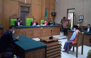 Majelis Hakim PN Bangkalan Vonis Oknum Kepala SMP 5 Tahun