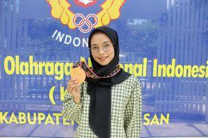 Aprila Dwi Rahayu, Peraih Juara 3 Poomsae Beregu Putri PON Papua
