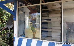 Pos Lalu Lintas Jajar Terbakar, Polisi Pastikan Api dari Sampah