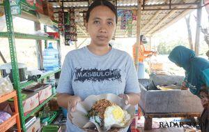 Menyantap Kuliner Khas Pecel Cenil di Umbul Pelem