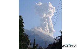 Pascaletusan Gunung Merapi, Muncul 2 Titik Api & Hujan Abu Tipis