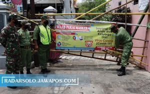 Kampung di Laweyan Di-Lockdown, 37 Keluarga Jalani Karantina Mandiri