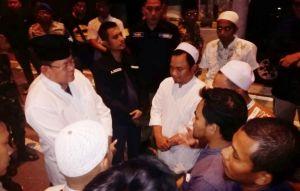 Polisi-TNI Gagalkan Rombongan Massa di Suramadu