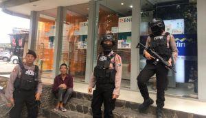 Jelang Lebaran, Polisi Patroli Pertokoan, Amankan Toko Perhiasan