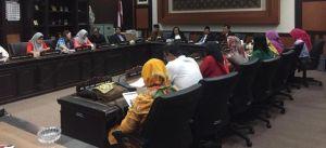 PPDB SMA Bikin Resah, Emak-emak Wali Murid Ini Wadul ke Dewan
