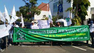 Dukung Pengusutan Kasus Korupsi, Massa Demo Kantor YKP
