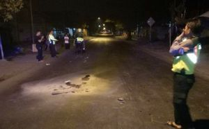 Jatuh Tabrakan Dihantam Motor, Pemuda Kebomas Tewas