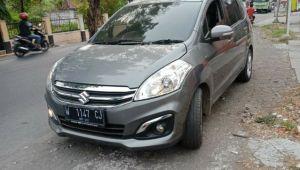 Mobil Kades Sidojangkung Dirampas Debt Collector Pelaku Dikeroyok Masa