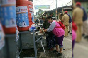 Pertamina EP Asset 4 Poleng Field Serahkan 20 Unit Cuci Tangan Portabl