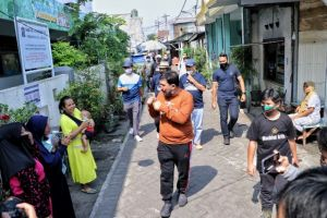 Cak Machfud Ajak Warga Gotong Royong Majukan Surabaya