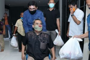 Warga Surabaya Salut dengan Kepedulian Cak Machfud