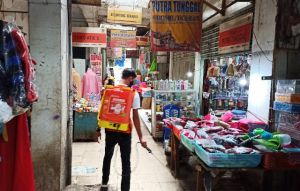 Melalui Brand Kalpanax & Entrostop Beraksi di Pasar Kabupaten Jember