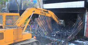Sembilan Mobil Damkar, Padamkan Lima Toko Terbakar