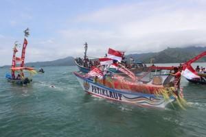 Petik Laut Popoh Diserbu Pengunjung