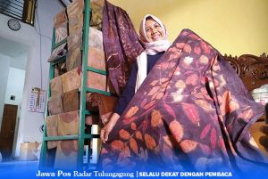 Sri Handayani, Ibu Rumah Tangga yang Tekuni Eco Print