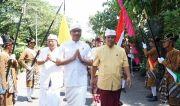 Wabup Suiasa Mendem Padagingan di Pura Widya Dharma, Sleman, DIY