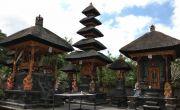 Pura Tamansari Agung Kerobokan; Ada Penampakan Ular Berkepala Dua