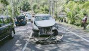 Rem Blong, Truk Fuso Tabrak Lima Kendaraan di Antosari