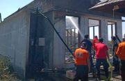 Bakar Sampah, Vila dan Gazebo Ludes Dilalap Api